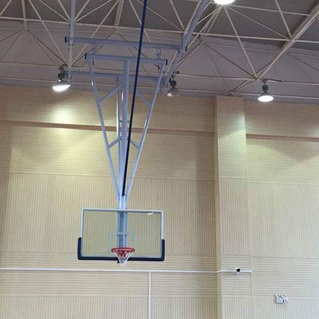 臂挂式篮球架